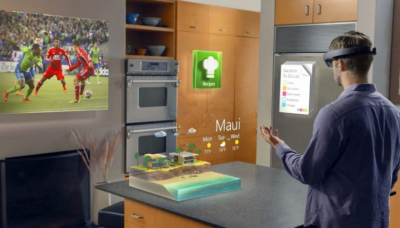 hololens-msft-780x445